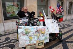 Yarets -做一次世界旅行的第一个聋人在摩托车 库存图片