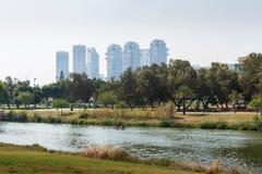Yarkon flod i Tel Aviv Fotografering för Bildbyråer