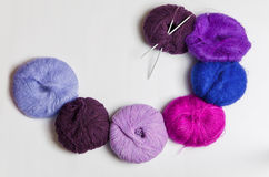Yarn with knitting needles Stock Photography