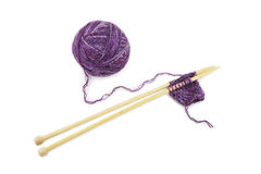 Yarn and knitting needles Royalty Free Stock Photos