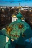 yaroslavl Εικόνα της αρχαίας ρωσικής πόλης, άποψη από την κορυφή Όμορφα σπίτι και παρεκκλησι Στοκ εικόνα με δικαίωμα ελεύθερης χρήσης
