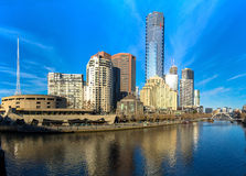 The Yarra River and southbank of Melbourne's CBD. On a clear winter morning Stock Photos