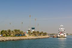 Yas Island/UAE November 14 2017: Yas marina på den Yas ön, Abu Dhabi royaltyfri bild