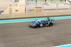 Yas Marina Racing Circuit Sports Car die in Abu Dhabi rennen Royalty-vrije Stock Foto's