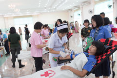 Yasothorn THAILAND May-25 : people  donate blood to red cross  o Royalty Free Stock Photos