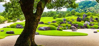 YASUGI, SHIMANE, JAPONIA â€/'MAJ 25, 2010: Widok jap i drzewo Obrazy Royalty Free