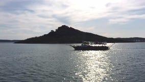 Yatch am blauen Ausflug auf dem Meer in Insel Ayvalik Balikesir die Türkei Alibey Cunda stock video footage