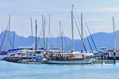 Yatch de lujo en la isla de Langkawi Fotos de archivo libres de regalías
