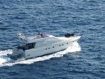 Yatch en mer de Ligure photos libres de droits