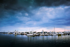 Yatch ha messo in bacino Marina Port, Yokohama, Giappone Immagine Stock Libera da Diritti