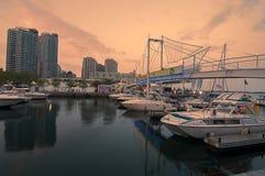Yatch koppelte an Toronto-Hafen an Lizenzfreies Stockbild