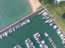 Yatch przewieziony odgórny widok z morzem Obrazy Royalty Free