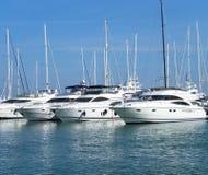 Yatches e navi di navigazione Immagini Stock Libere da Diritti