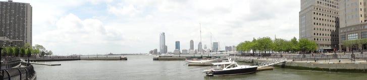 Yate del norte del puerto de la ensenada - Manhattan, NYC Foto de archivo