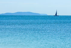 Yate en el mar Foto de archivo