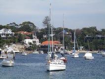Yate en la bahía Fotos de archivo