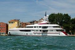 Yate estupendo de lujo para siempre uno, Venecia Fotos de archivo