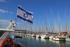 Yates de la navegación en el puerto deportivo de Herzliya Imagenes de archivo