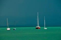 Yates en el océano Foto de archivo libre de regalías