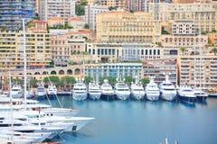 Yates en el puerto de Mónaco Foto de archivo