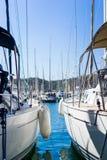 Yates en puerto Imagen de archivo libre de regalías