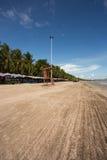 Życie strażnika krzesło przy Bangsaen plażą Fotografia Royalty Free