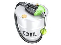 Życiorys paliwowy pojęcie z nafcianej baryłki i benzynowej pompy nozzle Zdjęcia Stock
