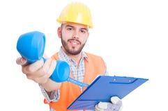 Życzliwy kontrahent, budowniczy, inżynier lub kontaktowa osoba, Zdjęcie Royalty Free