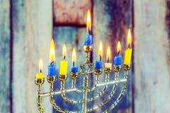 Żydowski wakacyjny hannukah z menorah tradycyjnym Obraz Stock