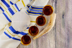 Żydowski wakacyjny hannukah z menorah tradycyjnym Zdjęcia Royalty Free