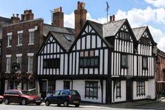 Ye-oldeEdgar byggnad. Tudor. Chester. England Royaltyfri Fotografi
