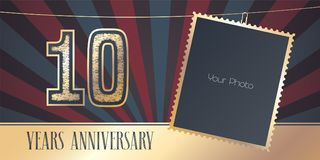 10 years anniversary vector emblem, logo in vintage style. Template design, greeting card with photo frame collage on retro background for 10th anniversary Royalty Free Illustration