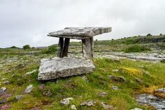 5 000 years old Polnabrone Dolmen in Burren, Co. Clare - Ireland royalty free stock photos