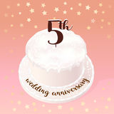 5 years of wedding or marriage vector icon, illustration. Design element with celebration cake for 5th wedding anniversary Royalty Free Stock Photos