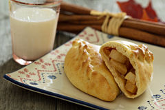 Yeast pastry with apples (pirogi) Royalty Free Stock Photo