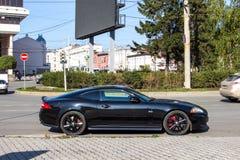 Yekaterinburg, Rusland - September 24 2016: Zwarte geparkeerde auto Royalty-vrije Stock Foto