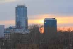 Yekaterinsburg Ryssland Solnedgång Centralt område av den Yekaterinsburg staden Fotografering för Bildbyråer