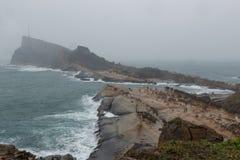 Yeliu Geopark em Taiwan em um dia chuvoso & nublado Fotografia de Stock