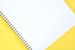Yello notepad Royaltyfria Foton