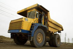 Yellow 40t truck Royalty Free Stock Photography