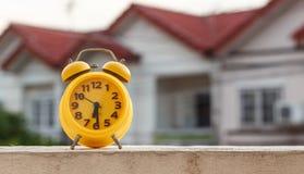 Yellow alarm clock Royalty Free Stock Photography