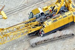 Yellow automobile crane Royalty Free Stock Photos
