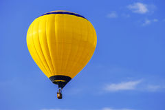 Yellow balloon Royalty Free Stock Images