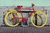 Yellow bicycle Royalty Free Stock Photos