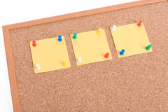 Yellow blank note papers with pin Royalty Free Stock Photos