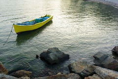 Yellow boat in the sea Royalty Free Stock Photos