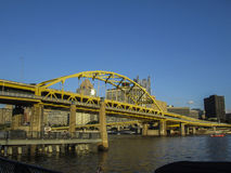Free Yellow Bridge Over Pittsburgh Royalty Free Stock Images - 89518759