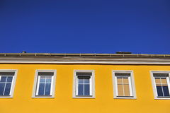 Yellow building with Blue sky Royalty Free Stock Photos