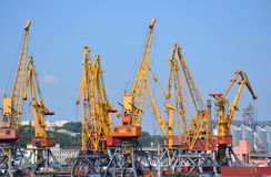 Yellow cranes for lifting Royalty Free Stock Photography