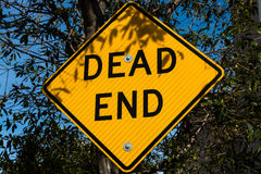 Yellow dead end road sign Royalty Free Stock Images
